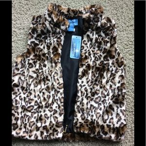 Copper Key Girl's very Soft Leopard Vest NWT
